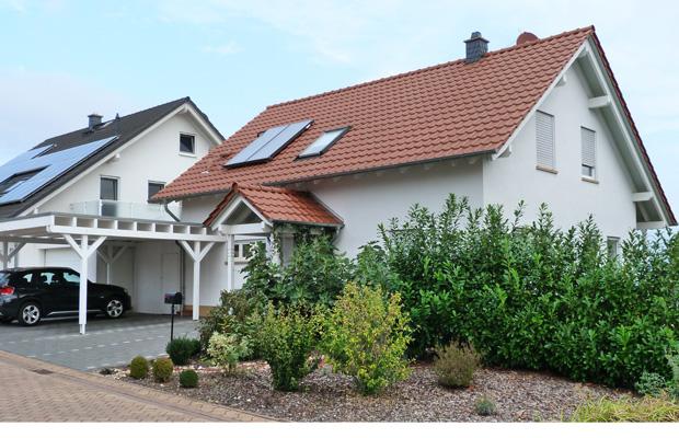 Wohnhaus mit Carport Bosenheim, Schlüsselfertig gebaut, ARCHITEKT ernst meyer aus Bad Kreuznach Bosenheim