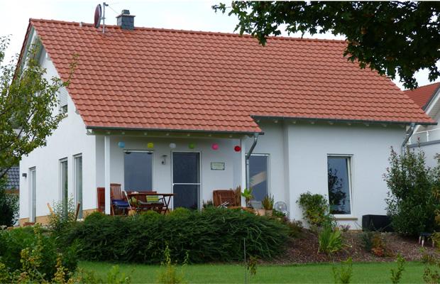 Wohnhausneubau in Bad Kreuznach Bosenheim, Passivhaus, ARCHITEKT Bosenheim, Gasbrennwerttherme unterstützt mit Solarthermie